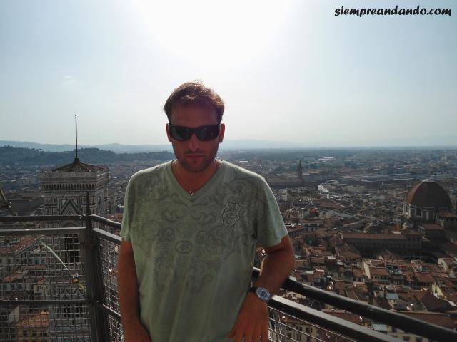 En la cima del Duomo de Florencia.