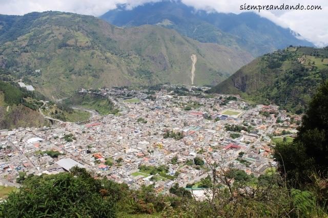 Vista de Baños desde el mirador de la Virgen del Agua Santa.