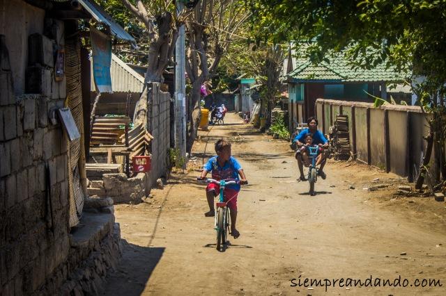Así suelen moverse los lugareños en Gili Trawangan.